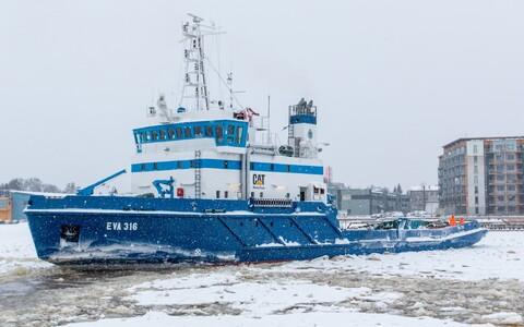 Проводку судов будет осуществлять ледокол EVA-316.