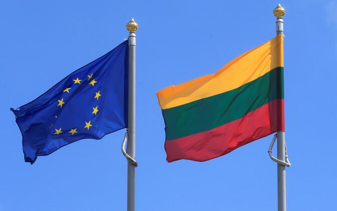 Euroopa Liidu ja Leedu lipud.