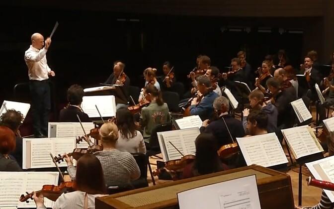 The Estonian Festival Orchestra, Paavo Järvi conducting.