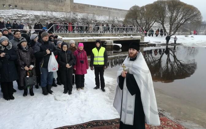 Крещенские купания в Нарве.