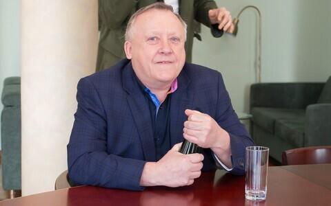 Вячеслав Леэдо.
