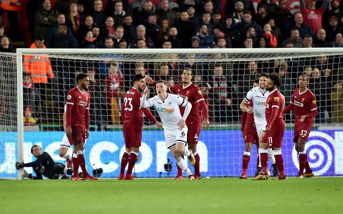 d215f8649f7 Klavanita Liverpool kaotas Inglismaa liiga punasele laternale ...