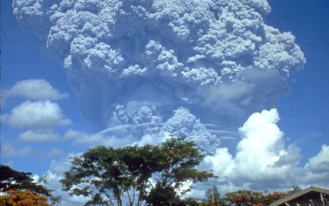 Vulkaanipursete käigus paiskub õhku suures koguses kliimat mõjutavaid aerosoole.