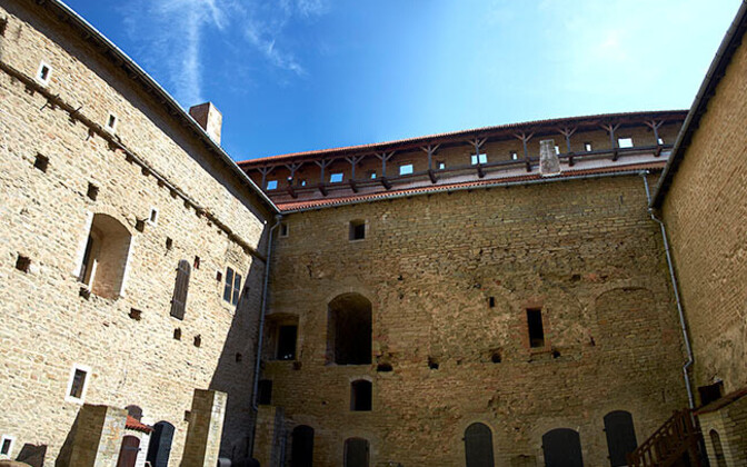 Восточное крыло Нарвского замка.