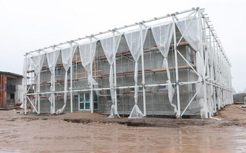 Ramsi lasteaia Taruke uus maja on liginullenergiahoone mis kerkib vana kõrvale.