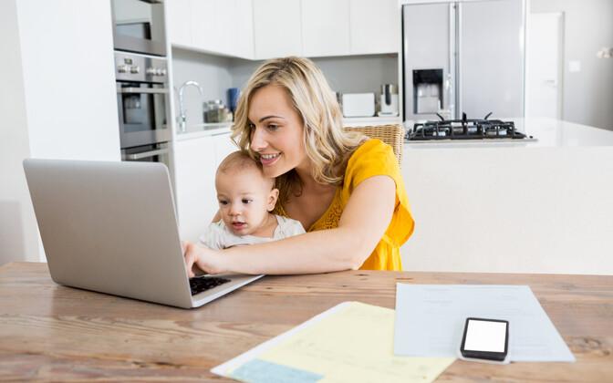 Ekraaniaeg ei pärsi lapse sõnavara arengut, kuid raamatute ettelugemine võib sõnavara arengut kiirendada.