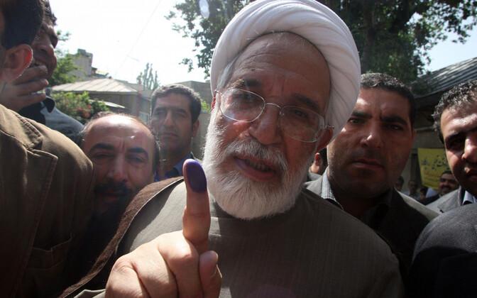 Mehdi Karroubi 2009. aastal valimas.