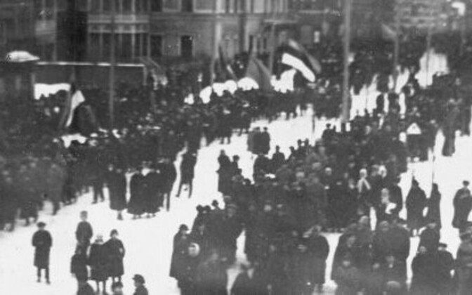 24.02.1918. Pärnus toimus esimene iseseisva Eesti paraad