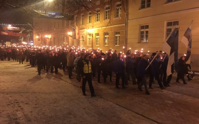 Факельное шествие в Тарту.