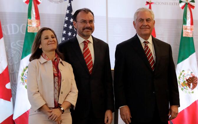 Kanada välisminister Chrystia Freeland, Mehhiko välisminister Luis Videgaray ja USA välisminister Rex Tillerson.