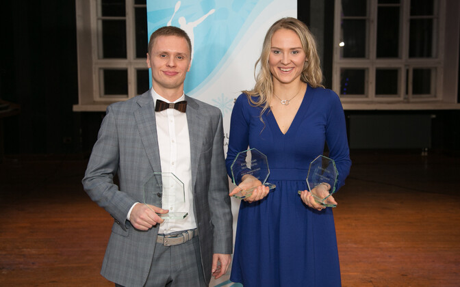 Raul Must ja Kristin Kuuba auhindade jagamisel