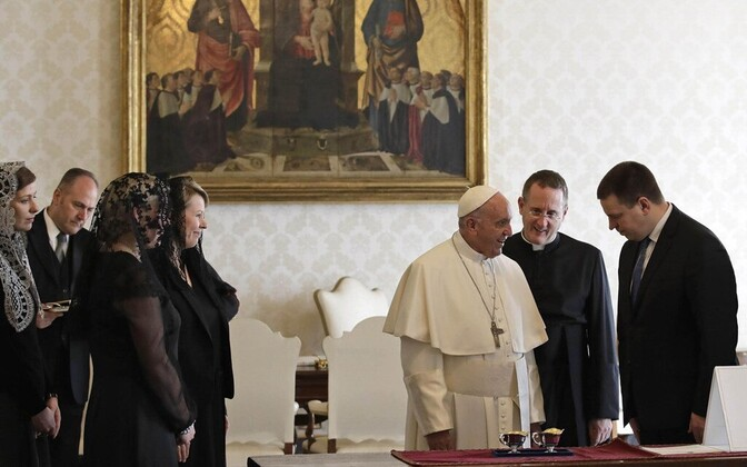Pope Francis and Estonian Prime Minister Jüri Ratas (Center) at the Vatican on Friday. Feb. 9, 2018.