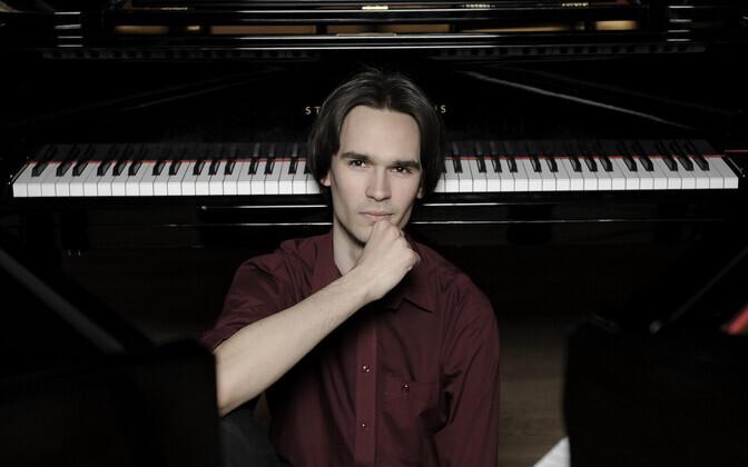 Eesti pianist Mihkel Poll