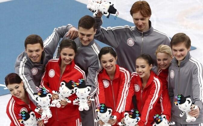 Наталья Забияко (вторая слева среди девушек) сменила Эстонию на Россию и не пожалела об этом.