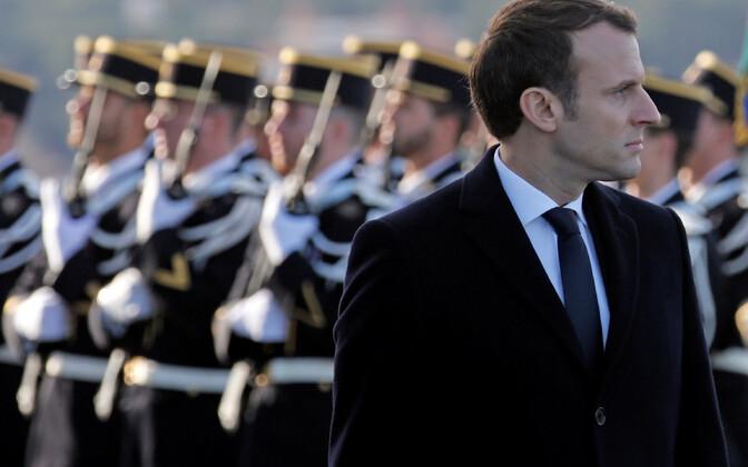 President Macron ja Prantsuse sõdurid.