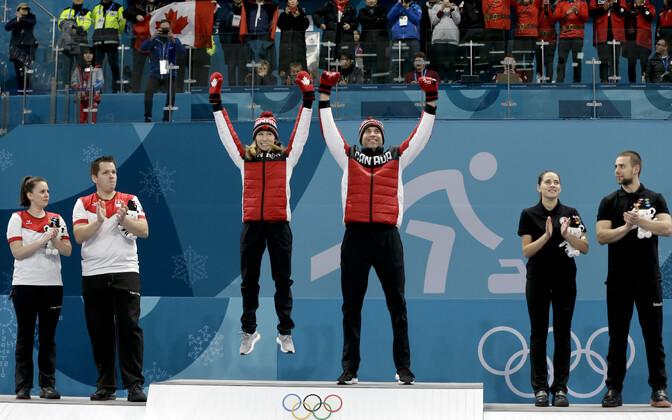 PyeongChangi OM-i curlingu segapaarismängu pjedestaal