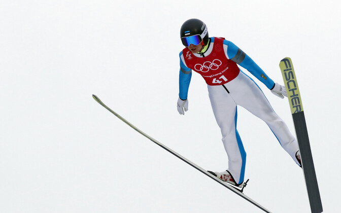Kristjan Ilves PyeongChangi hüppemäel.