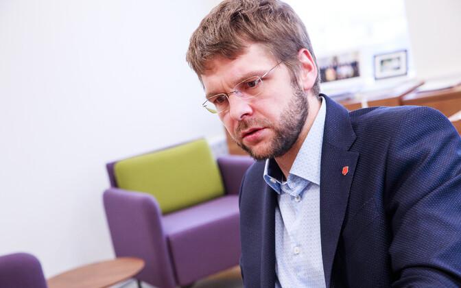 Союз налогоплательщиков призывает Осиновского вернуть прежние ставки акциза на алкоголь.
