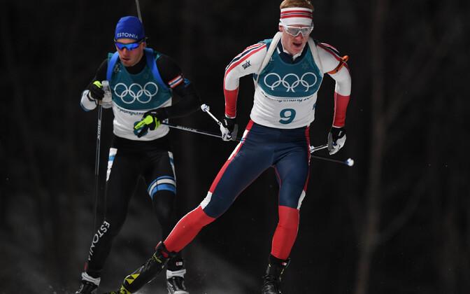 Kalev Ermits (mustas) ja Johannes Thingnes Bö