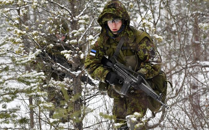 Kuperjanovi pataljon harjutab Sirgalas.