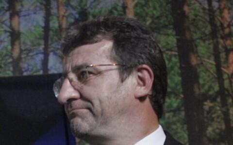 Николай Петрович решил покинуть горсобрание Кохтла-Ярве.