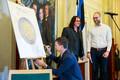 Kaheeurose mälestusmündi esitlus Eesti Pangas.