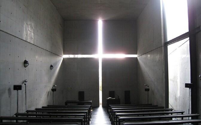 Tadao Ando üks tuntumaid ehitisi, Osaka lähedal asuv Valguse kirik (1989)