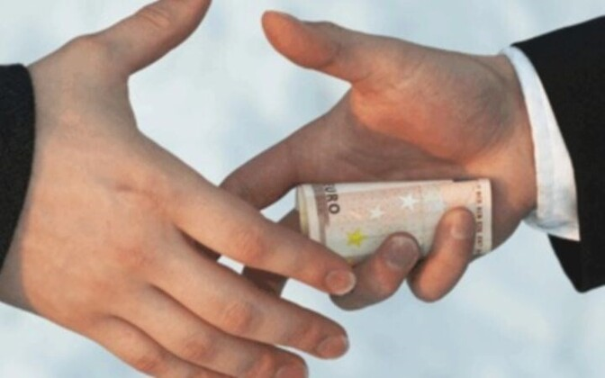Коррупция остается проблемой для Эстонии.