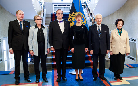 President Kersti Kaljulaid hosted lunch on Thursday for the former Estonian heads of state and their spouses.