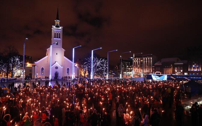 Факельное шествие в Старом Таллинне.