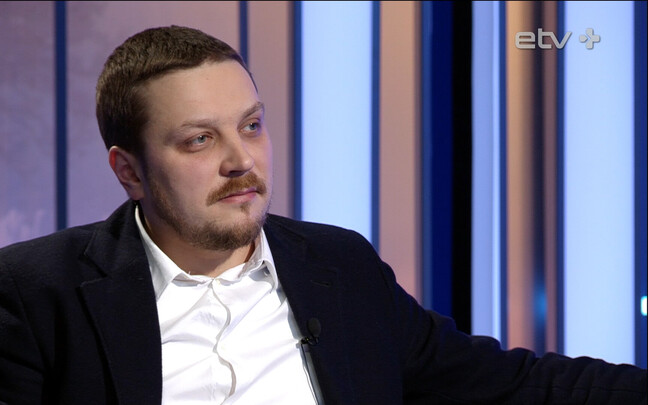 Актер и режиссер Русского театра Артем Гареев.