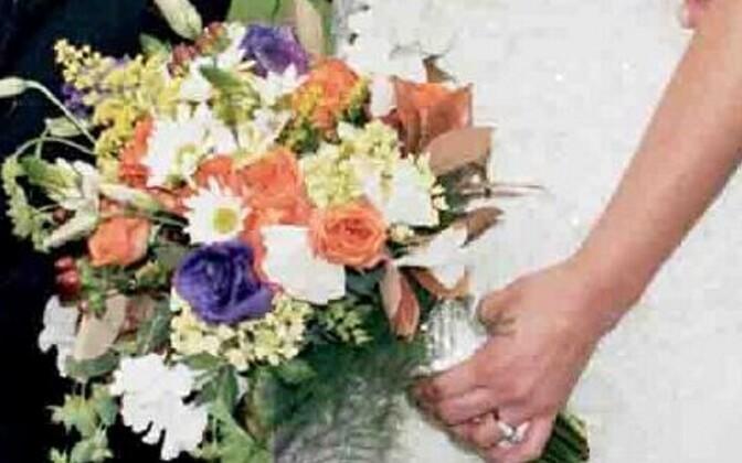 Пик бракосочетаний приходится в Эстонии на июль.