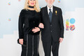 Eesti vabadusvõitlejate liidu juhatuse liige Gunnar Laev ja vennatütar Anneli Laev.