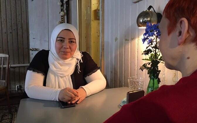 Süüria sõjapõgenik Alaa pakkus Paides oma rahvustoite.