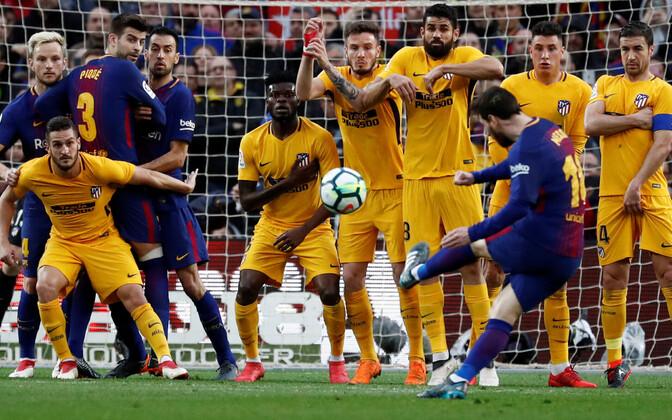 Lionel Messi võiduväravat löömas.