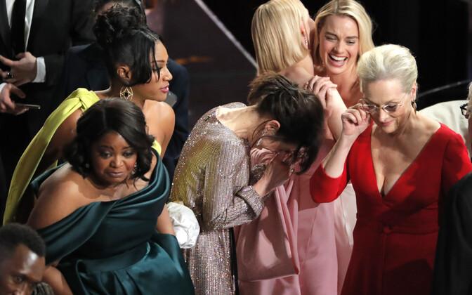 Octavia Spencer, Tiffany Haddish, Sally Hawkins, Saoirse Ronan, Margot Robbie ja Meryl Streep reageerimas Frances McDormandi kõnele