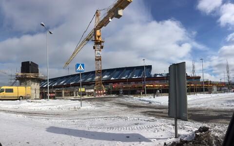Строительство парковки в аэропорту.