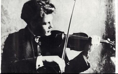 Heino Eller üliõpilasena Peterburis 1911. Aastal