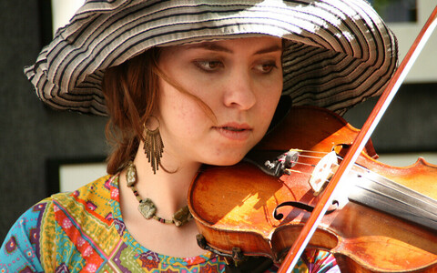 Viiuli õppimine on kasulikum kui Youtube'i tarbimine.