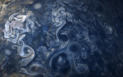 Jupiteri pinda kattev pilvekiht meenutab kohati postimpressionistlikke maale.