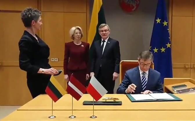 Läti, Leedu ja Poola avalduse allkirjastamine.