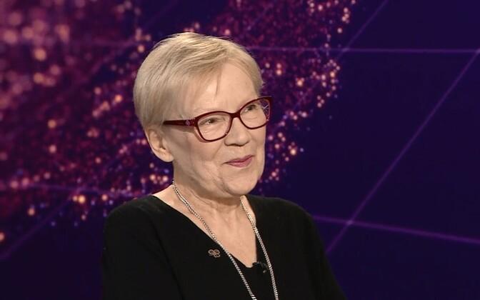 Professor Krista Kerge.