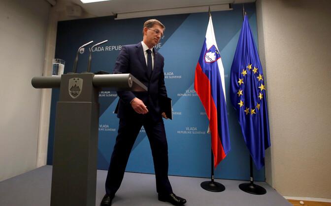 Премьер-министр Словении Миро Церар собрался в отставку.