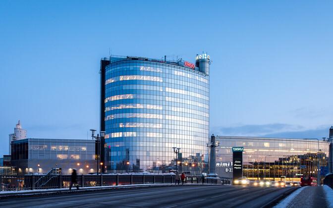 На крыше этого здания в Тарту установят солнечные батареи.