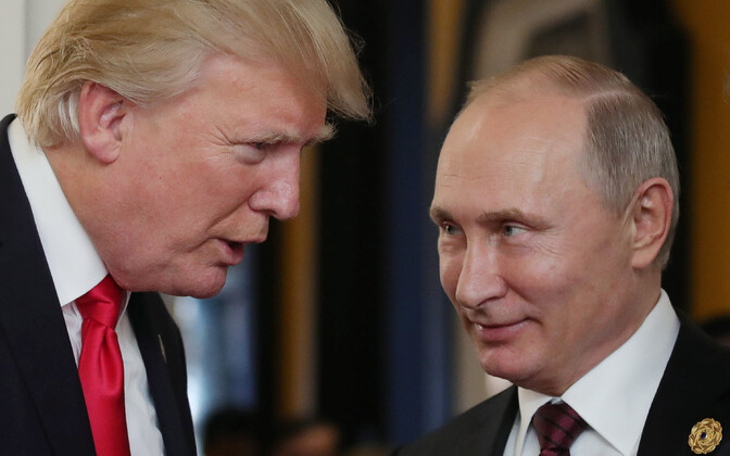 Donald Trump ja Vladimir Putin mullu novembris APEC-i tippkohtumisel Vietnamis.