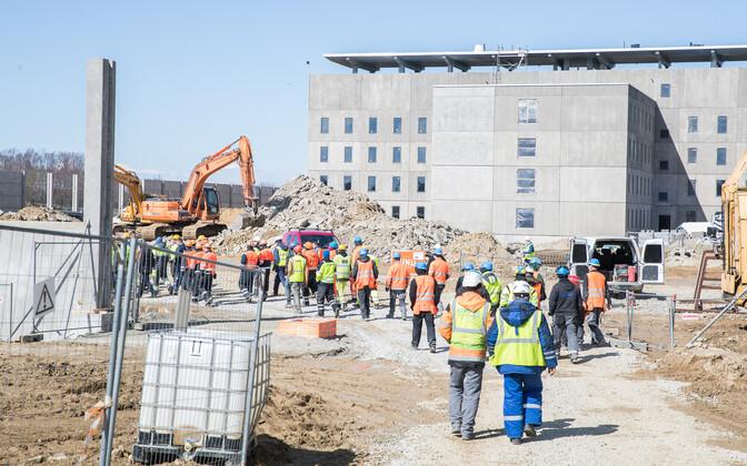 Eestis on enim probleeme ebaseadusliku töötamisega ehitusvaldkonnas. Pilt on illlustratiivne.