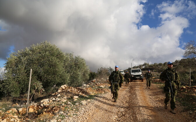 Estpla-24 Lõuna-Liibanonis patrullimas.