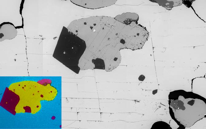 Elektronmikroskoobi pilt kivisoolas (NaCl) ujuvast
