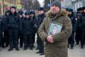 Leinajad on kogunenud Kemerovo kaubanduskeskuse tulekahjus hukkunuid mälestama.