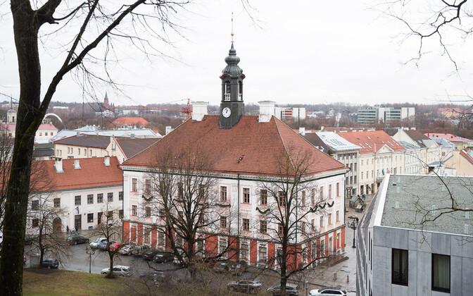 Вид на Тартускую ратушу.